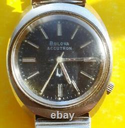 2180 Accutron Bulova Stainless Steel Tuning Fork Men's Watch N3