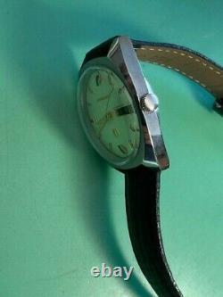 Bulova Accutron 2182 Tuning Fork Vintage Gent's Watch (9)
