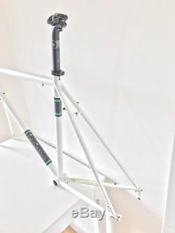 Genesis Equilibrium 30 2015 Frame, Forks, Seat Post And Stem. Good Condition