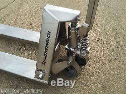 Jungheinrich AM 120 Stainless Steel Pallet Lifting Pump Truck Enclosed Fork Lift