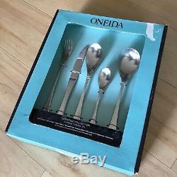 Oneida Alveston 44 piece cutlery set BNIB Robert Welch / Old Hall design