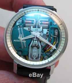 Rare Serviced 214 Accutron Spaceview Stainless Steel Tuning Fork Men's Watch M4