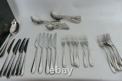 Robert Welch Arden Cutlery Set 44 Piece Knife & Fork missing from full set