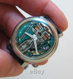 Serviced 214 Accutron Spaceview Stainless Steel Tuning Fork Mens Watch M6