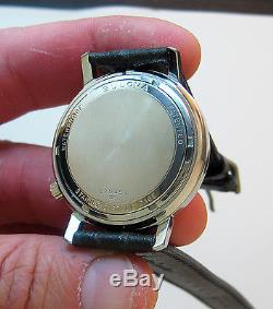 Serviced 2182 Accutron Stainless Steel Tuning Fork Mens Watch M5