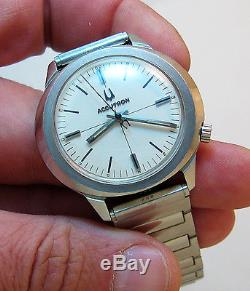 Serviced 218 Accutron Stainless Steel Tuning Fork Mens Watch N0