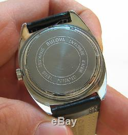 Serviced Vintage 218 Accutron Stainless Steel Tuning Fork Men's Watch