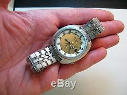 Serviced Vintage 218 Accutron Stainless Steel Tuning Fork Men's Watch M9