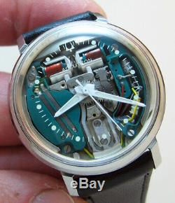 Serviced 214 Accutron Spaceview Stainless Steel Tuning Fork Men Watch M6