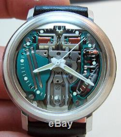 Serviced Accutron 214 Spaceview Stainless Steel Tuning Fork Men's Watch M6