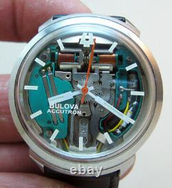 Serviced Accutron 214h Bulova Spaceview Stainless Steel Tuning Fork Men Watch M1