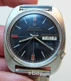 Serviced Bulova Accutron 2182 Swiss Stainless Steel Tuning Fork Men Watch N1