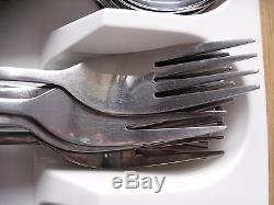 VINERS SATIN LEAF CUTLERY 2 x TABLE KNIFE 2 x TABLE FORK 2 x SOUP SPOON (USED)