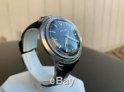 Very Rare Vintage 1963 Accutron Black Dial 214 Tuning Fork Turtle Case Watch