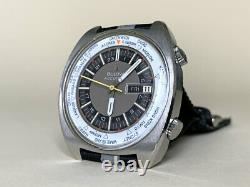 Very Rare Vintage Accutron Deep Sea 666 Ft World Time 218 Tuning Fork Watch