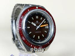 Very Rare Vintage Universal Geneve Unisonic-Sub Red Bezel Tuning Fork Watch