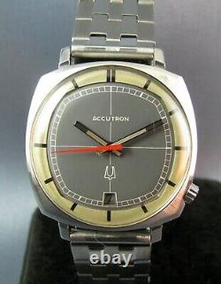 Vintage Bulova Accutron Tuning Fork 218 Stainless Steel Mens Watch 1970