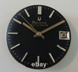Vintage Bulova Accutron Tuning Fork Rare Dial Date with Original bracelet