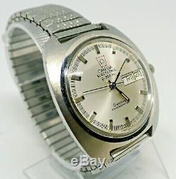 Vintage Omega Geneve Chronometer f300 SS Tuning Fork watch ESA9164 runs