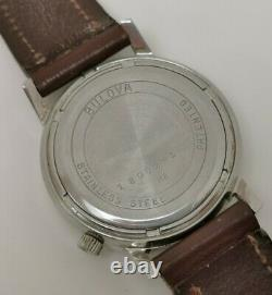 Vtg 1970s Bulova Accutron 2181F Tuning Fork Chrome Cased Gents Date Wrist Watch